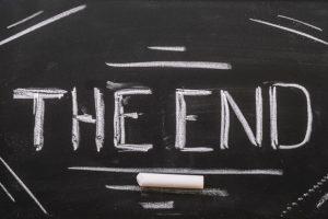 end-lettering-blackboard 23-2148115322